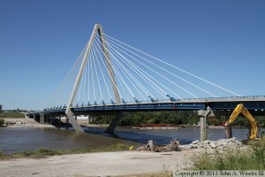 Bond Bridge KCity